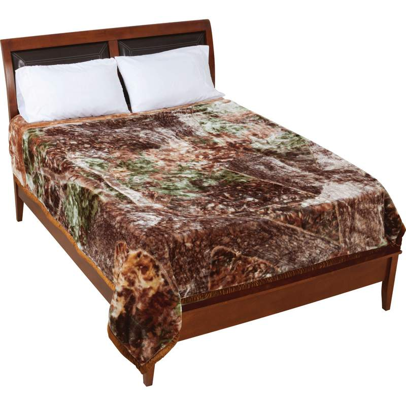 Wyndham House™  Invisible® Camo Blanket - GFBLHTC - GFBLHTC